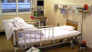 病院の個室(自然気胸で入院)